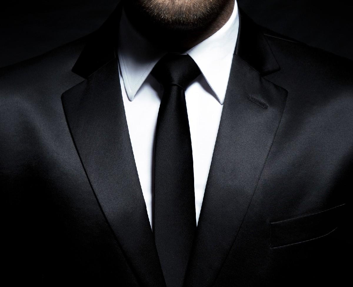Shades of Grey, Fifty Shades of Grey, Mann Anzug, Mann Krawatte, attraktiver Mann, Mann anziehend